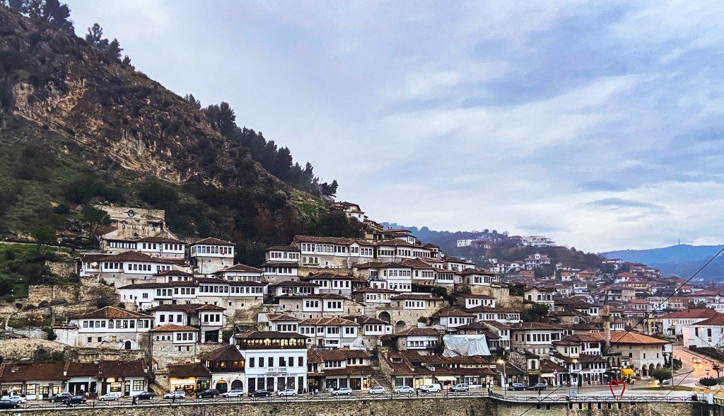 Berat - Stadt der tausend Fenster