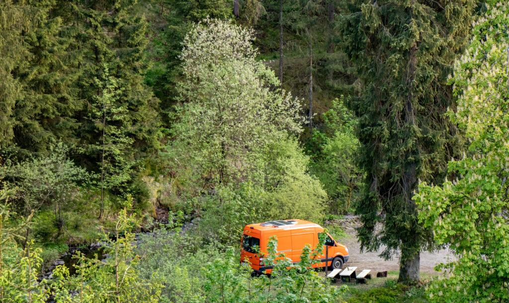 Erster Übernachtungsplatz im Harz - alleine im Wald