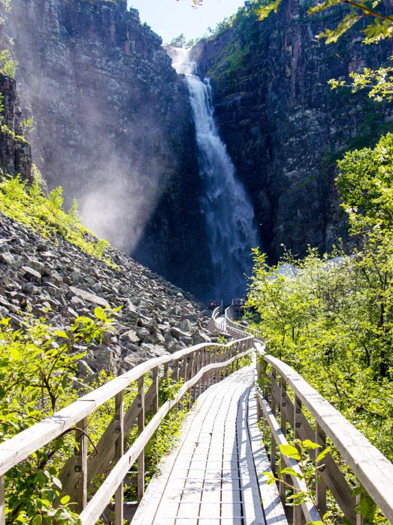 Schwedens größter Wasserfall im Nationalpark Fulutjället